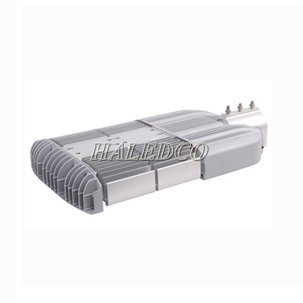 Cánh tản nhiệt sau thân đèn đường led HLS9-100