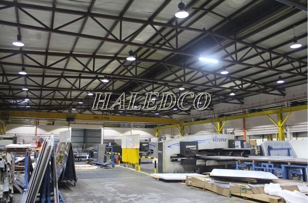 Ứng dụng đèn led nhà xưởng 150w HLHB1 chiếu sáng nhà xưởng