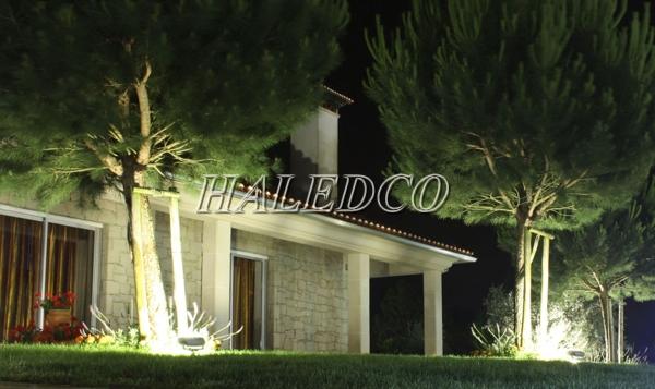 Ứng dụng chiếu xung quanh tòa nhà của đèn pha led HLFL2-140w