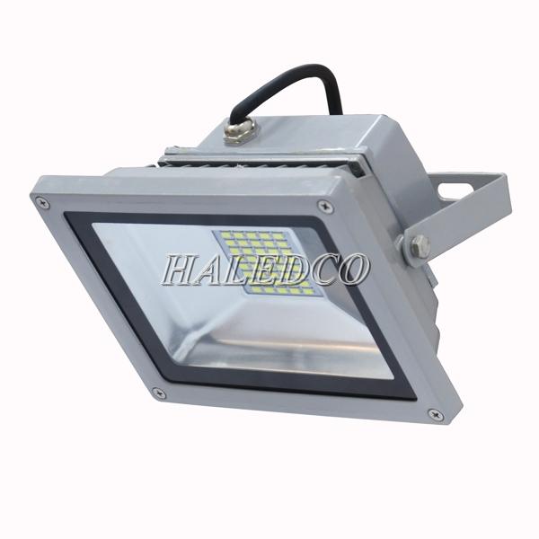 Kiểu dáng thân đèn pha led HLFL5-20w