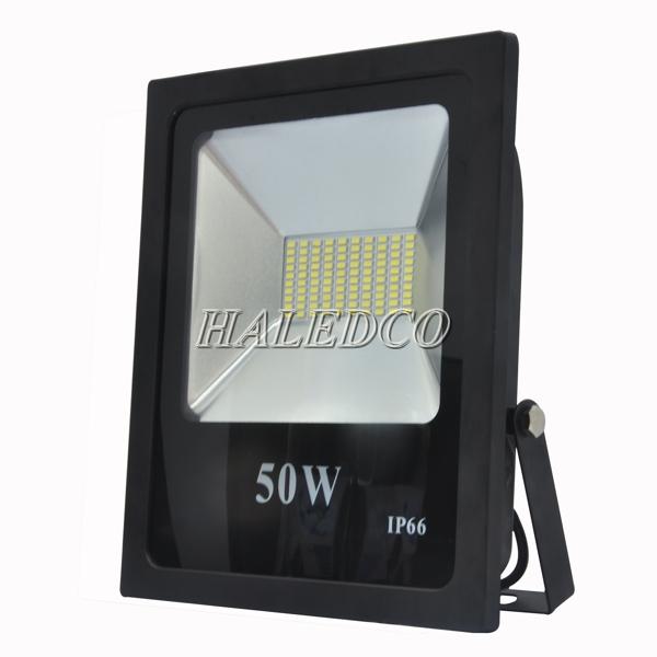 Kiểu dáng thân đèn pha led HLFL6-50w