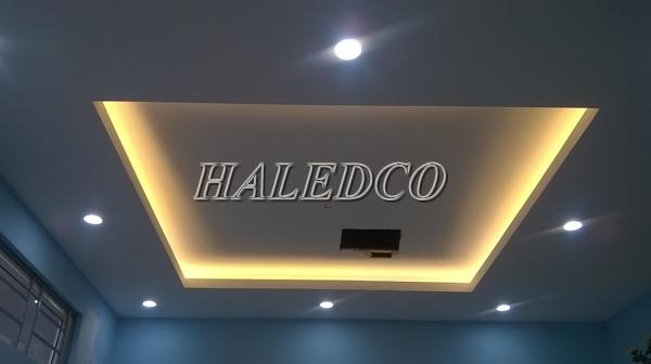 Đèn led hắt trần HLT5-4w/0.3m chiếu sáng trần nhà