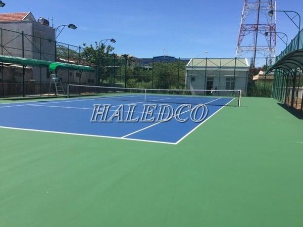Đèn chiếu sáng sân tennis là đèn pha led