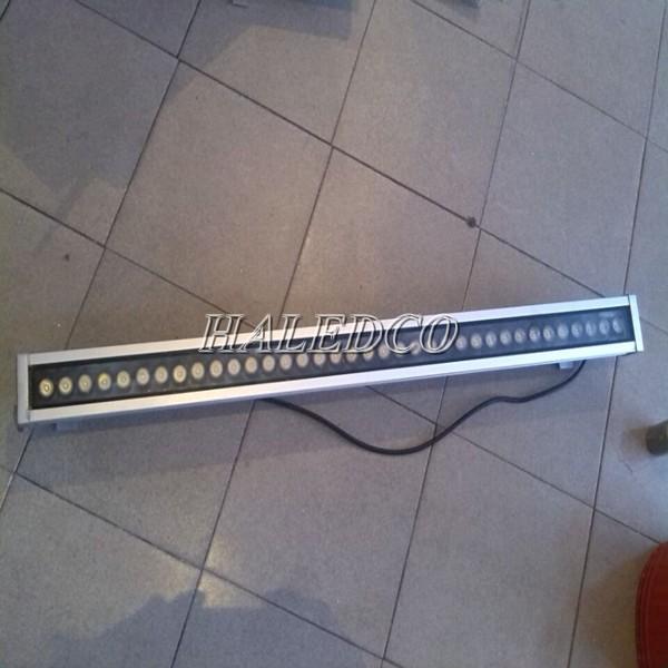 Kiểu dáng thân đèn led chiếu hắt ngoài trời HLWW1-24w