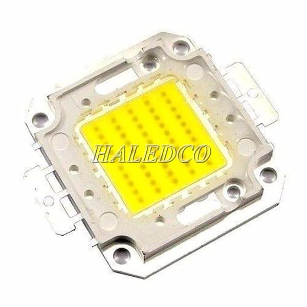 Chất lượng sản phẩm được quyết định bởi chip led