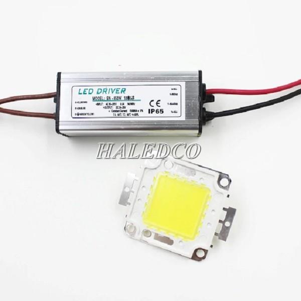 Chip led 100w sử dụng điện áp 12V