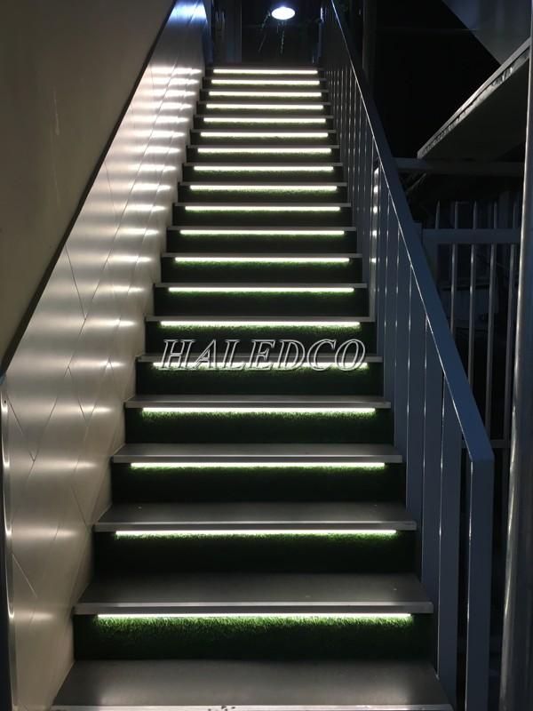 Ứng dụng đèn led nhôm HLWW2-9w