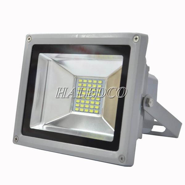 Kiểu dáng đèn pha led 20w