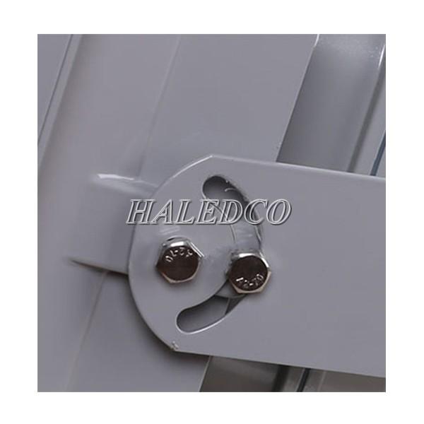 Đèn pha led HLFL1-300w có tay đèn thiết kế linh hoạt