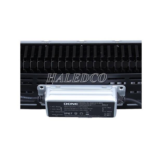 Hộp đựng nguồn của đèn pha led HLFL12-200w