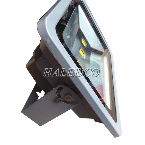 Kiểu dáng đèn pha led HLFL1-150w