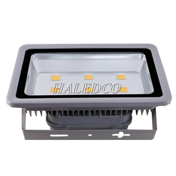 Kiểu dáng đèn pha led HLFL1-300w