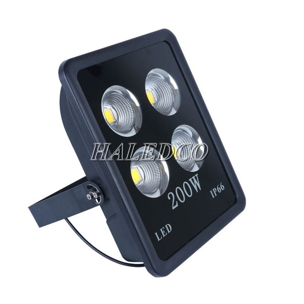 Kiểu dáng của đèn pha led HLFL10-200w