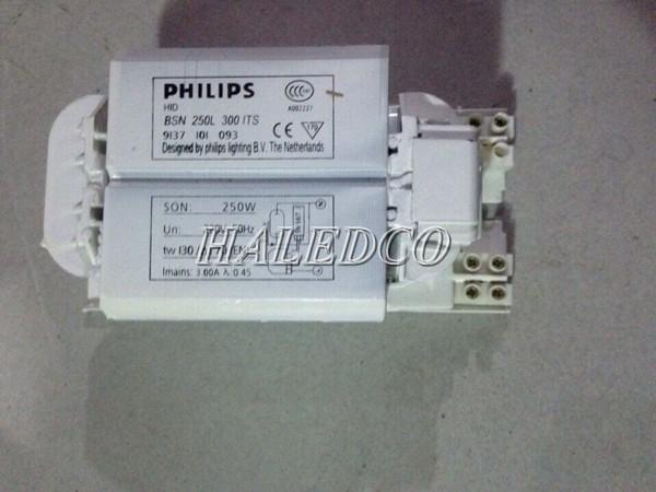 Tăng phô cửa đèn cao áp 250w Philips BSN