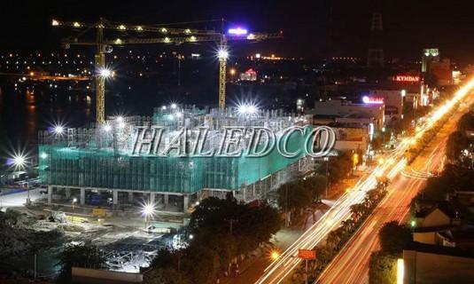 Ứng dụng chiếu sáng của đèn pha led HLFL10-200w