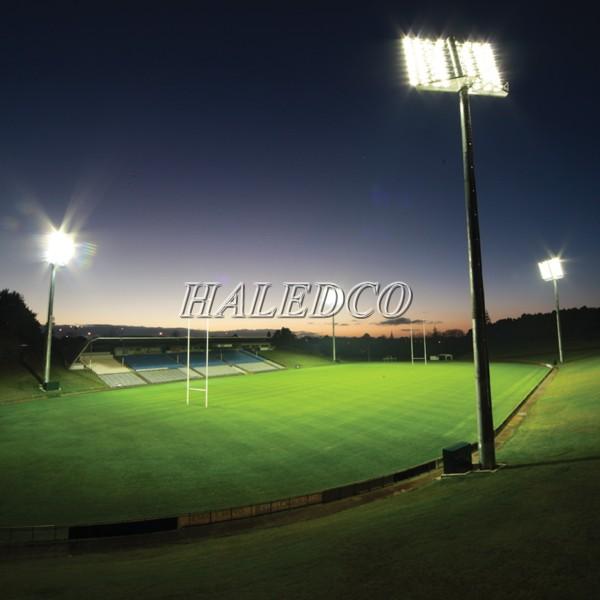 Ứng dụng chiếu sáng của đèn pha led HLFL11-100w