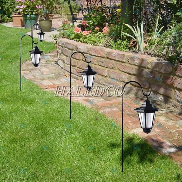 Đèn trang trí sân vườn năng sử dụng năng lượng mặt trời