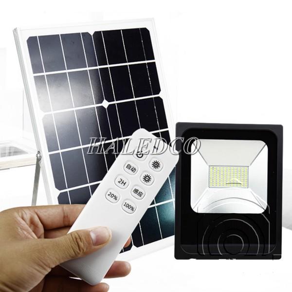 Đèn cảm biến năng lượng mặt trời radar có hệ thống điều khiển từ xa
