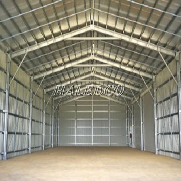 Hình ảnh mẫu thiết kế nhà xưởng nhỏ tường, mái tôn
