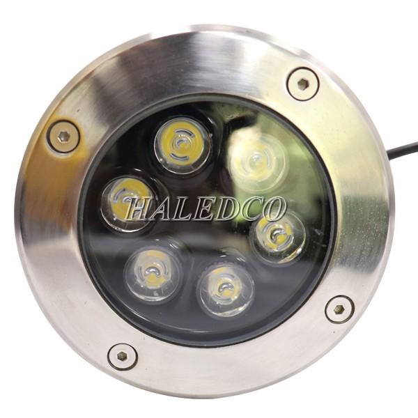 Kiểu dáng đèn LED ngoài trời âm sàn 6w