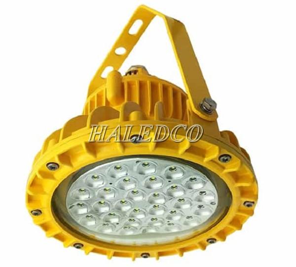 Đèn chiếu sáng nhà máy sản xuất chống cháy nổ