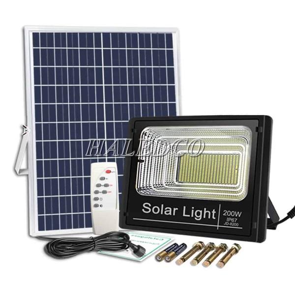 Đèn đường năng lượng mặt trời 200w HLMTFL6-200 chất lượng cao - giá tốt
