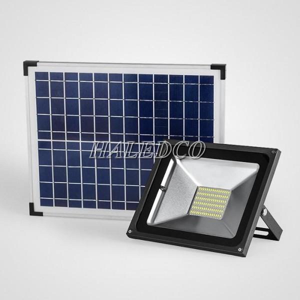 Đèn pha LED năng lượng mặt trời 100W HLMTMW