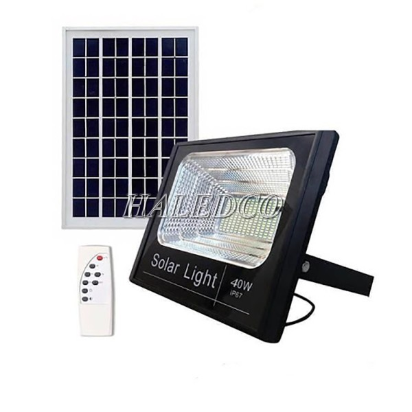 Đèn pha LED năng lượng mặt trời 40W