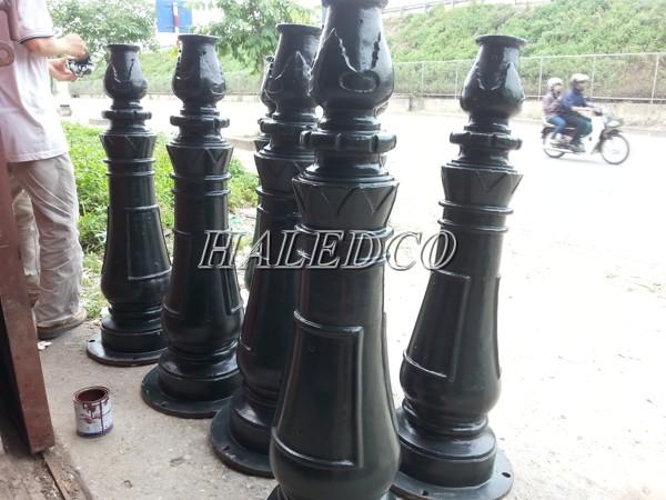 Chất liệu cấu tạo cột đèn sân vườn Banian