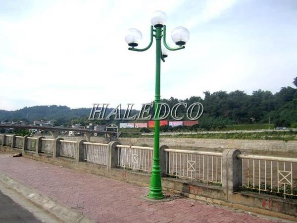 Ứng dụng của cột đèn sân vườn Pine