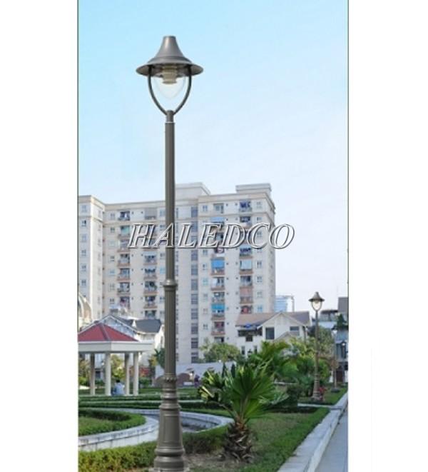 Cột đèn sân vườn Pine được cấu tạo từ thép chống gỉ