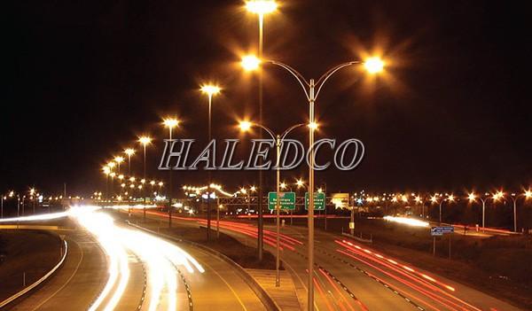 Ứng dụng của cột đèn thép tròn côn HLCDTTC 11M