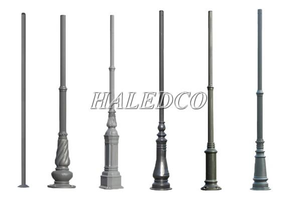 Các kiểu dáng cột đèn sân vườn có thể lắp 1 bóng