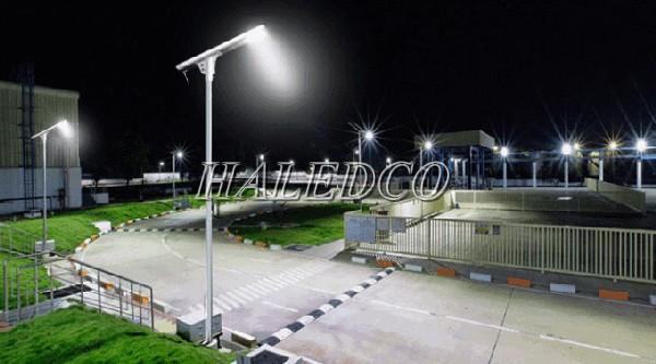 Đèn đường HLS17-100 chiếu sáng lối đi KCN