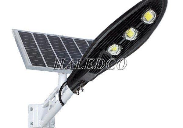 Đèn đường LED năng lượng mặt trời HLMTS73-150