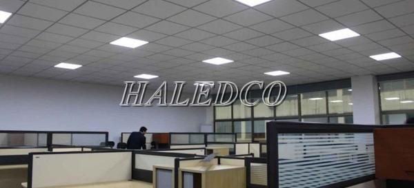 Sử dụng đèn LED panel tấm chiếu sáng văn phòng