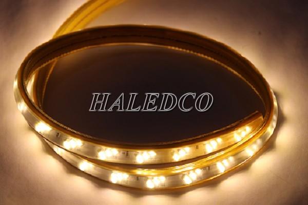 Đèn LED dây 5730 3 hàng bóng 18w/m