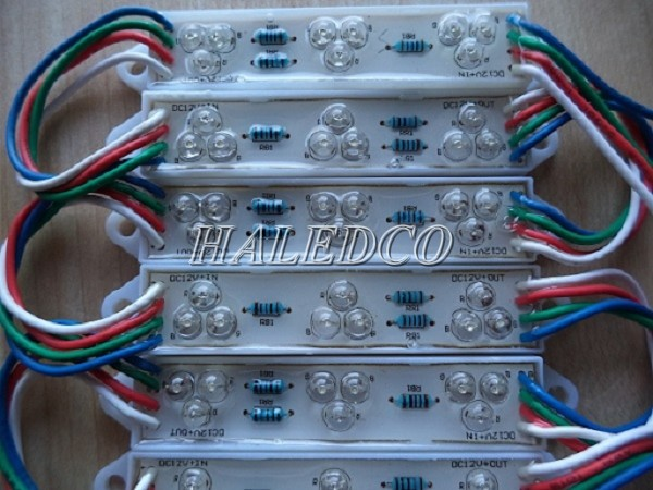 Đèn LED hắt 7 màu 9 bóng
