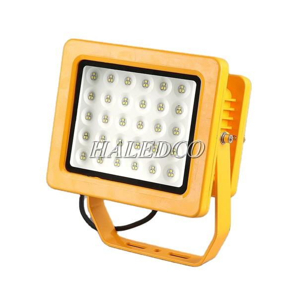 Kiểu dáng của đèn LED chống cháy nổ HLEP FL3-30