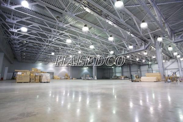 Đèn LED công nghiệp 100w chiếu sáng nhà máy